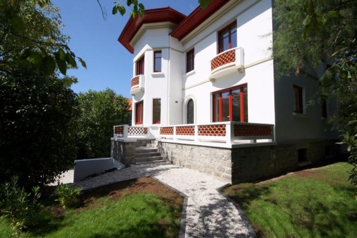 Maison Art Déco rénovée au Parc dHiver - Achat maison / villa ...