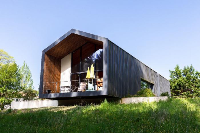 Maison contemporaine 5 pièce(s) 165 m2